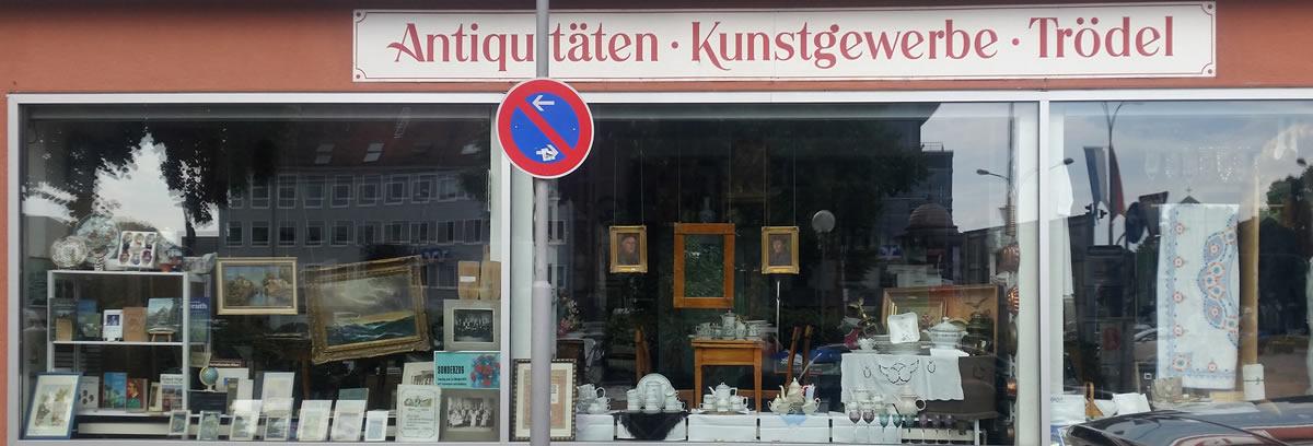 Anticuario Kunstgewerbe-Trödel, junto a la estación de tren. © Bayreuth.es