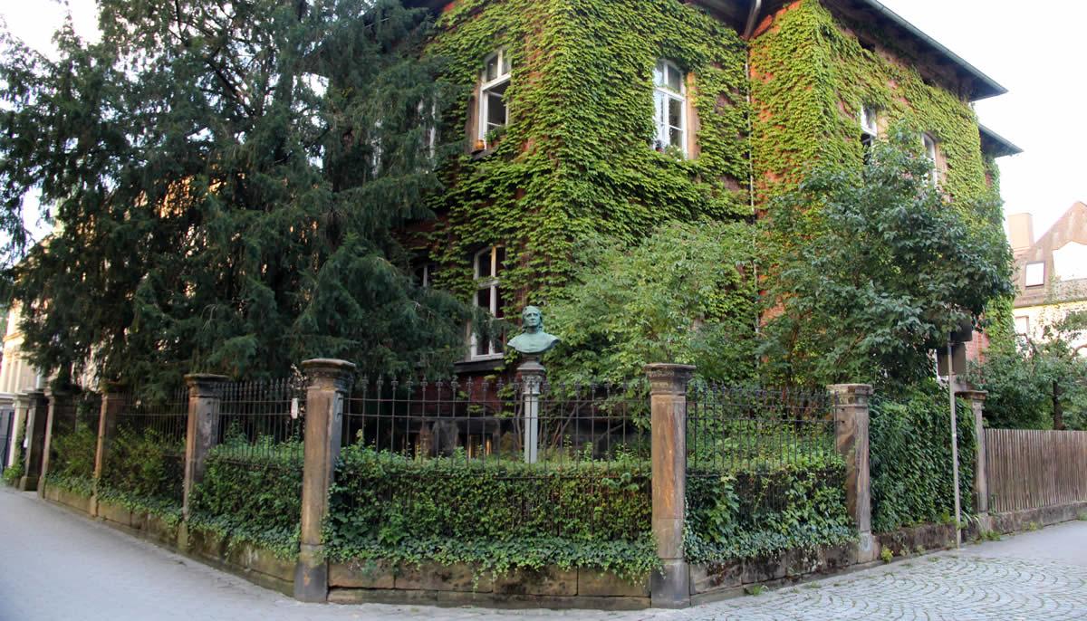 Fachada del Museo Franz Liszt, junto a Wahnfried. © Bayreuth.es